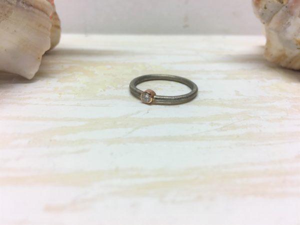 rotgold weissgold verlobungsring mit stein