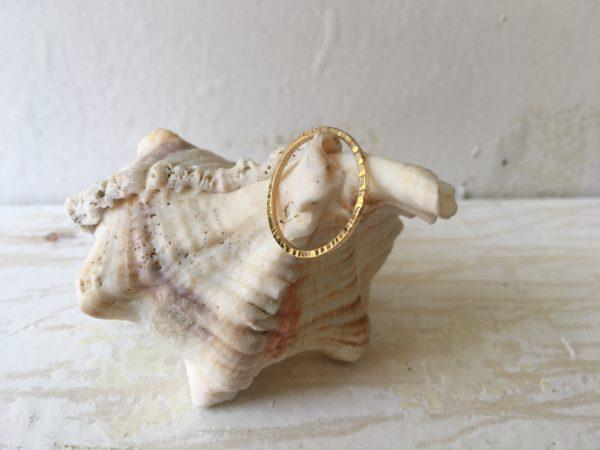 hammerschlag kerben struktur ring verlobung