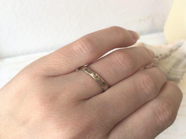 geschlagene facetten ring weissgold frauenring