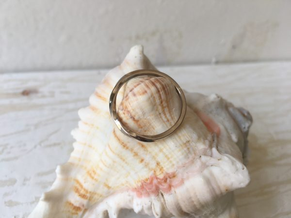 halb gedrehter kordel ring weissgold