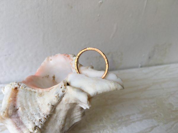 gemusterter rotgold rosegold ring verlobungsring