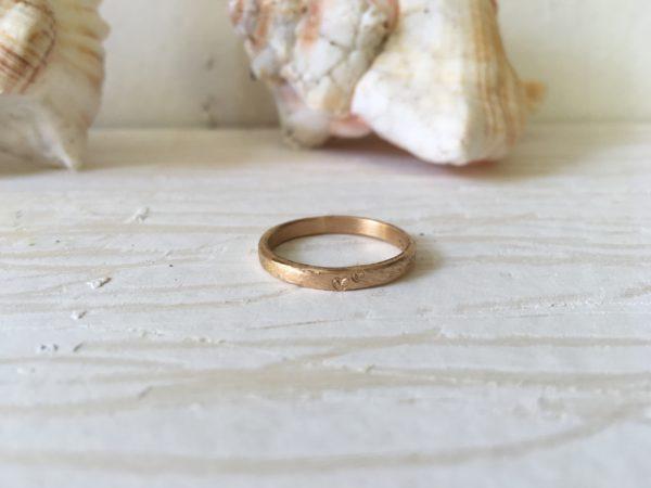 dünner verlobungsring rosegold mit herz leona