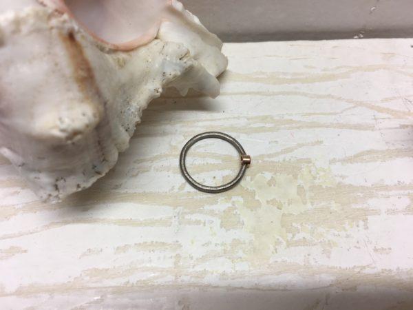 runder ring aus draht weissgold verlobung