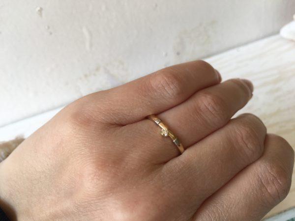 vorsteckring in gold und weissgold und stein